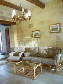 MARGIA holiday house sitting area