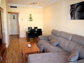 Fantastico apartamento para 4 personas, zona de golf entre el mar y las montanas