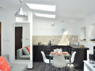 331 Old Town  Apartment