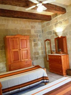Other side of MARGIA holiday house twin bedroom