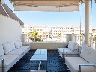Apartamento 3 dormitorios en Plaza España, Nerja