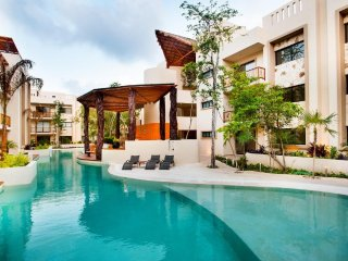 Private Pool Access 2BR condo in the best location in Tulum by Happy Address