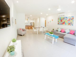 Beautiful 2BR condo in the middle of Playa del Carmen by Happy Address
