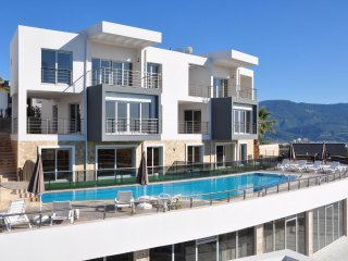 1+1 Luxury Apartment at Kusadasi, facing to Turquoise color Aegean Sea