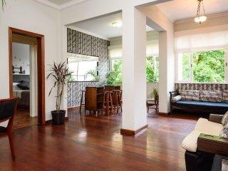 Safe & Cosy Box Single Room in Ipanema (Rio's best Location) / Free Wifi