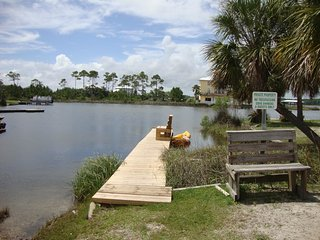 Cozy & Budget Friendly Located In Heart of Gulf Shores on the Lagoon