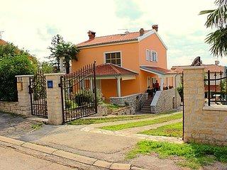 Villa Katica B4+1