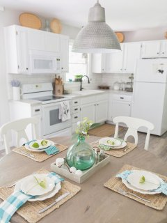 Enjoy homemade meals & add 2 extra chairs to accommodate up to 6 people