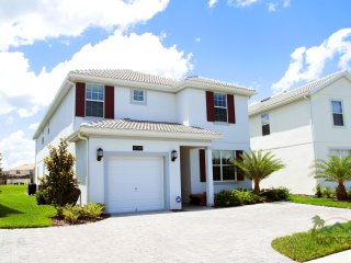 5 Bedrooms Family Friendly Resort in Orlando Close to Disney w/ Pool & Spa by