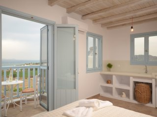 Depis bay villa plaka beach- 3 bedroom  with panoramic sea view