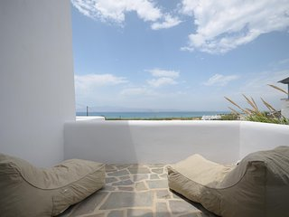 Naxos Plaka villa with panoramic sea view 2 bedrooms -8 people