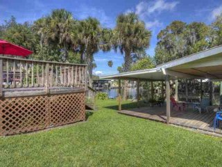 Canal Front Astor Home W/ Boat Slip. Just Off Hwy 40. Easy Access to Home