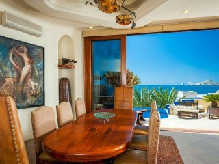 Las minute deal Ocean Front Stunning view