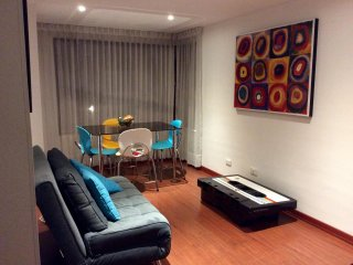 Bright comfy and  charming flat in Zona G/Rosales