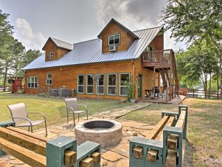 NEW! 4BR Eustace Cabin w/Deck & Serene Lake Views!