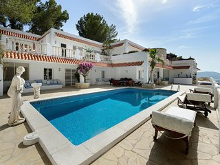 Luxury Castle Villa Close to Ibiza - 9 Bedrooms - Stunning View