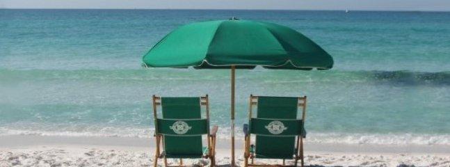 Chaises (2) et parasol inclus avec votre séjour (de saison)