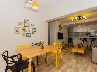 3 bedroom apartment in People Square
