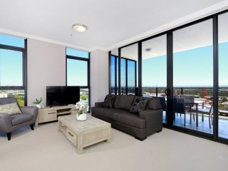 Australia Towers Floor 17 (Unit 17.03) - 3 bedrooms Olympic Park view