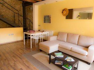 Casa de pueblo restaurada con encanto en Verges