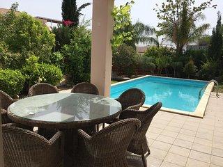 Amathus 3BR luxury villa 2