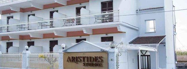 Aristides Studios | Family Studio