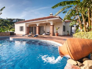 4 Bedroom Private Villa - Peaceful & Secluded - 10 Minutes Puerto Banus