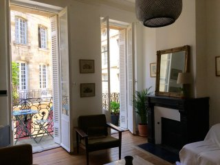 CHARMING APARTMENT 2 BEDROOMS IN HISTORICAL CENTER