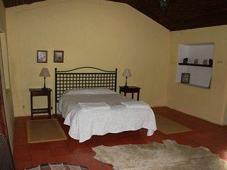 Quinta da Azervada de Cima -Casa do Abegao
