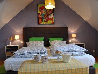 'La Hisse' suite familiale de charme a Ty' Malo, piscine, Wi-Fi