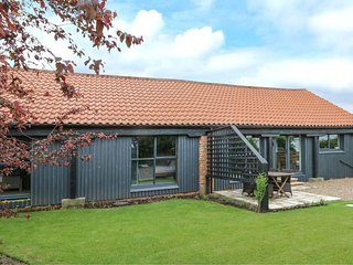 HEMMEL BARN, en-suite, WIFI, open plan ,Ref 958254