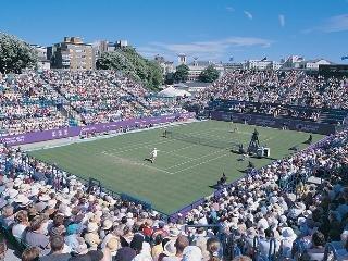 internacional de tenis en el sol. ¿Que podría ser mejor?