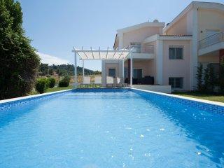 Crystal Sea Villa ||| Sea Front,Private Pool Kanistro, GR