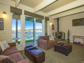Waterfront Tahoe Keys Condo with Moutain views and Boat dock!