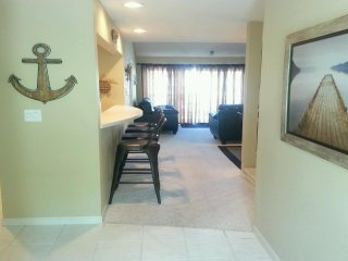 Spacious 2 Bedrms Main Level with 3rd Bedrm in Loft - 3 Full Bathrooms-Boat Slip
