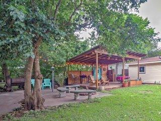 NEW! Charming 2BR Austin House w/ Fenced Backyard!