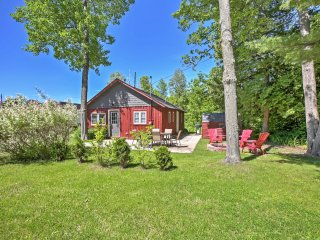 NEW! 2BR Houghton Lake Cabin - Steps from Lake!
