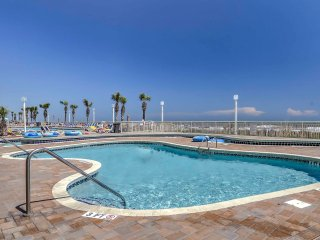 New! Oceanfront 1BR North Myrtle Beach Condo!