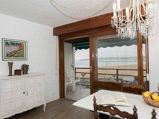 ARGORRI-ITERLIMEN:  Apartamento acogedor en primera linea de playa