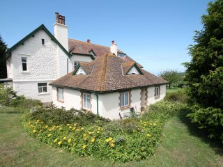 The Bramleys, Old Cleeve - Sleeps 4 - Peaceful rural location - Edge of Exmoor