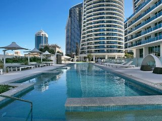 5 Star Luxury Central Surfers Paradise