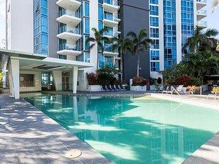 Prime beach location! Wifi - Luxury 2BR apartment