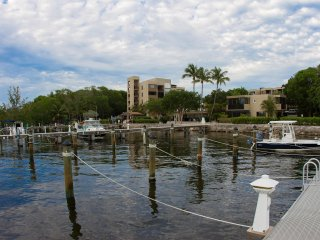 Moon Bay - Key Largo - GEM BY THE SEA
