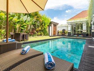 3BR Modern Tropical Pool Villa