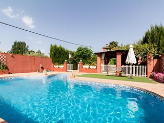 Bonita casa con piscina privada