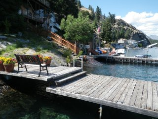 Lake Chelan Waterfront Home
