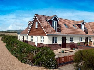 2 Seabreeze Cottages located in Brighstone, Isle Of Wight