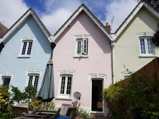 Live the Dream in a bijoux house, Poole Dorset