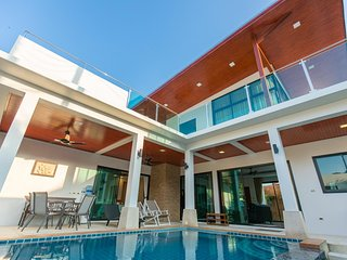 THE ROOFTOP VILLA- Cozy and Luxurious 2BR Pool Villa