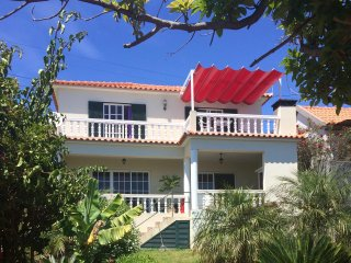 Beautiful 2 Bed Villa With Panoramic Sea Views, Free Wi-Fi and Full Internet